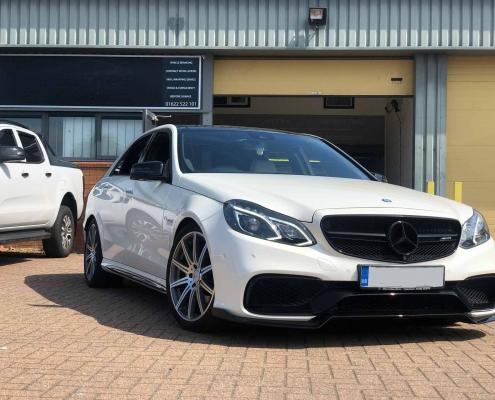 Mercedes E63 AMG - Dechrome Kent